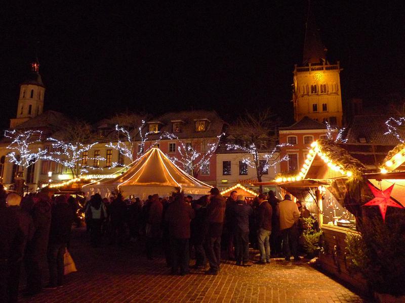 Weihnachtsmarkt Totensonntag Geöffnet.Stadt Xanten Weihnachtsmarkt Xanten